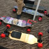 صنع وفقا لطلب الزّبون لون لوح التزلج كهربائيّة مع 4 عجلات