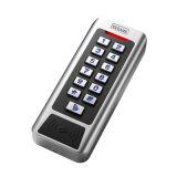 Accéder au système de contrôle d'accès d'IDENTIFICATION RF de grille de contrôleur (CC1EM)