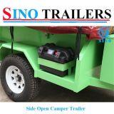 Трейлер туриста стороны зеленого цвета открытый
