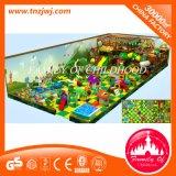 Colorido parque de atracciones Gimnasio Zona de juegos cubierta Equipos para el centro comercial