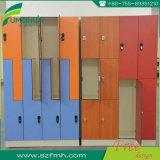 3 Schließfächer der Tür-HPL für ändernden Raum