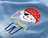 Le coton de garçons d'enfants halète des circuits estampés par denim