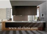 Armadietto di legno della cucina dell'impiallacciatura di stile industriale moderno