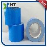 Le double a dégrossi adhésif acrylique enduit montant la bande bleue de mousse de doublure