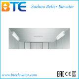 L'elevatore di trasporto del Ce per carico trasporta con la baracca della linea sottile ss