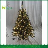 In het groot Kerstboom van de Leverancier van de fabriek de Directe