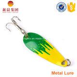 Cuillers colorées de pêche en métal