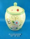 Vaso di ceramica dipinto a mano di memoria con la decorazione della farfalla