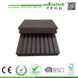 Verschiedenes Design Anti-Corrosion Outdoor Solid Wood Decking Floor 140s25-B