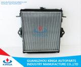땅 Cruiser'02 Fzj7# OEM를 위한 최신 Sell Auto Radiator: 16400-66060 Mt