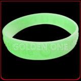 Wristband impresso colorido luminoso feito sob encomenda do silicone do logotipo da forma