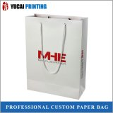 PapierEinkaufstasche, die verpackenbeutel kleidet