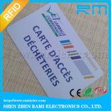 De glanzende 125kHz IC van de Kaart van identiteitskaart RFID Vrije Steekproef Zonder contact van de Kaart