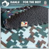 Ouatine polaire métallisée de tissu estampée par camouflage de polyester pour des vêtements de l'hiver