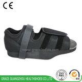優美の健康の靴黒の開いたつま先はオルト詰め込む靴(5809268)を