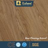 la noix de chêne blanc de planche de vinyle de 12.3mm V-Grooved imperméabilisent le plancher en bois en stratifié