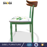 Venta al por mayor de la alta calidad que electrochapa la silla de plegamiento plegable del negro del marco del metal, Hyf-109
