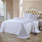 Edredón de seda largo del hotel 60s de la mora de cinco estrellas natural del algodón