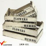 Plantador de madeira Brown da caixa rasa chique gasto do vintage