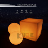 O diodo emissor de luz preside tabelas do cubo da cadeira do cubo