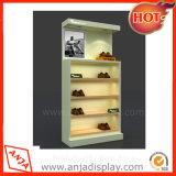 展示会のための木の靴屋の表示棚