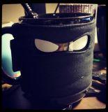 Tasse de café criminelle en céramique de Mugga avec le masque de réchauffeur de cuvette