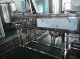 Máquina de enchimento líquida da água de 5 galões para a água bebendo