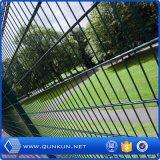 comitati ricoperti e galvanizzati del PVC di 565mm, di 868mm doppi della rete fissa per il giardino Using
