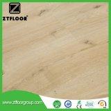 Non résistant à l'environnement intérieur écologique Bois-plastique Composite Floor