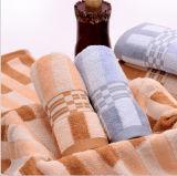 100%年の綿の柔らかい縞の表面タオルの浴室タオル