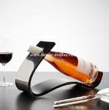 Prateleiras acrílicas do armazenamento do vinho