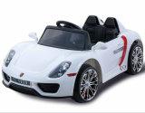 車のおもちゃの安い子供のプラスチック乗車