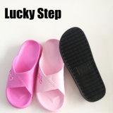 Новые ботинки конструкции для человека и женщины