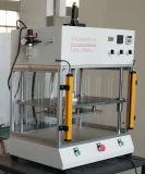 Autotrackの頻度スプレーヤーの溶接のための超音波溶接工機械