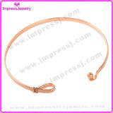 Bracelets et bracelets Pulseira Feminina d'acier inoxydable de bijou de mode