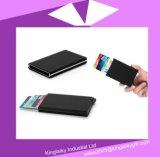 自動ポップアップバンクのクレジットカードのホールダーの箱