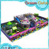 Campo de jogos interno comercial 2017 da venda quente do projeto do equipamento das crianças