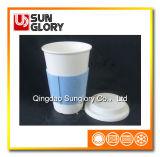 Tasse de porcelaine avec la caisse de silicones et couverture de Lkb006