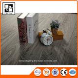 Vinyle coloré de PVC de modèles neufs populaires parquetant le dos sec