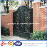 China galvanizó diseño de las puertas del doble de la calzada del hierro labrado
