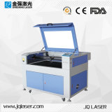Máquina de grabado plástica del corte del laser