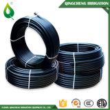 Черный пластичный шланг PVC полива крена трубы