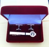 Tieclip e botão de punho com caixa de presente