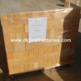 Briques réfractaires allumées élevées de taille normale d'alumine pour le fourneau