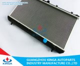 Radiador soldado côordenador de Mazda do carro para OEM Zl01-15-200/Zl01-15-200A/D
