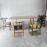 Tabella pranzante di legno solido della sala da pranzo di disegno moderno