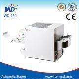 Máquina de la grapa y el plegable del papel de la oficina de la fuente (WD-150)