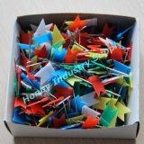 De Plastic Kleurrijke Hoofd Vlakke Spelden van uitstekende kwaliteit van de Duw van de Kaart van de Vlag als Levering van het Bureau