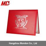 El papel liso por encargo de Rolls del Leatherette fabrica el sostenedor/la cubierta de encargo del certificado con la insignia de plata