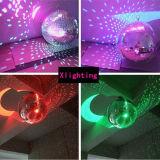 舞踏室ミラーの球ライトミラー反射のガラス玉の段階の祝祭のハングの球